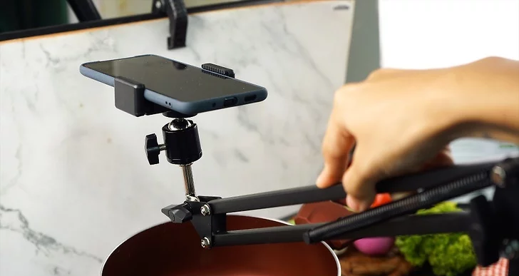 Best Overhead Camera Setup for your Home Studio